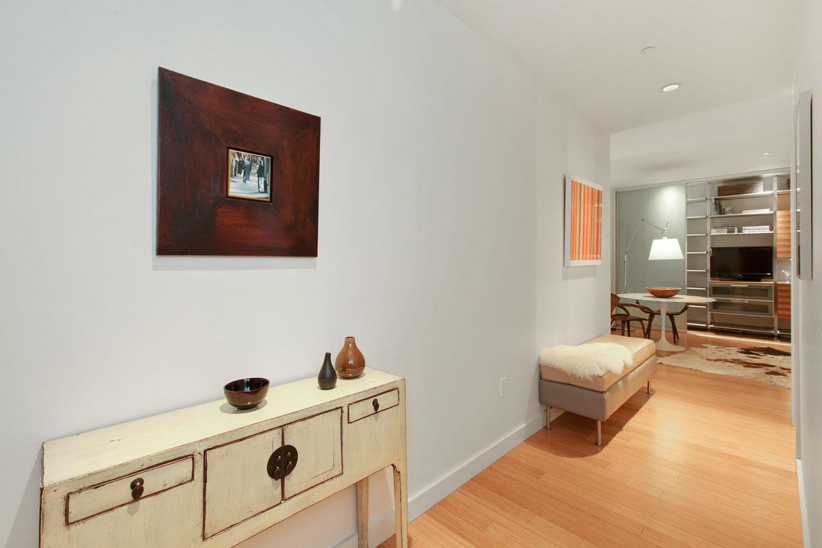 207 King Street #415 | Linda LeBlanc